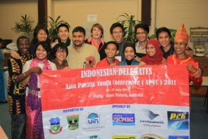 The Indonesian delegation with other APYC participants. (Photo by Francis Deng)