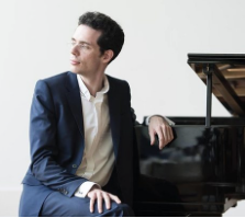 Award-winning German pianist Ernst Mortiz offered his services in a fundraiser for Armagh on 22 August 2018.